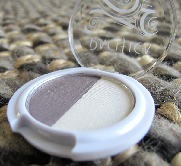 Pacifica Mineral Eyeshadow Duo in Moonbeam & Unicorn