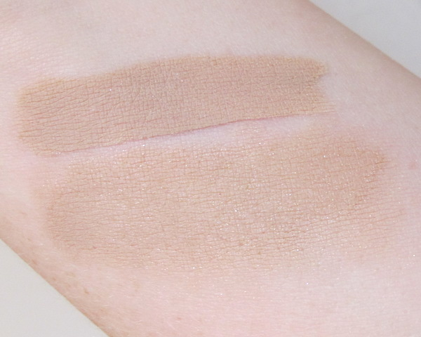 bareMinerals 5-in-1 BB Advanced Performance Cream Eyeshadow Broad Spectrum SPF 15 in Barely Nude Swatch