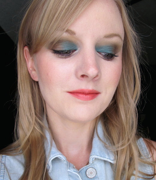 Urban Decay Electric Pressed Pigment Palette and Naked Basics Palette: Fringe, Venus, Foxy, Naked 2, Faint
