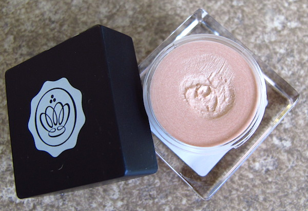 Kryolan for Glossybox Highlighter in Cashmere, Full size 0.16 oz, $18.95 value
