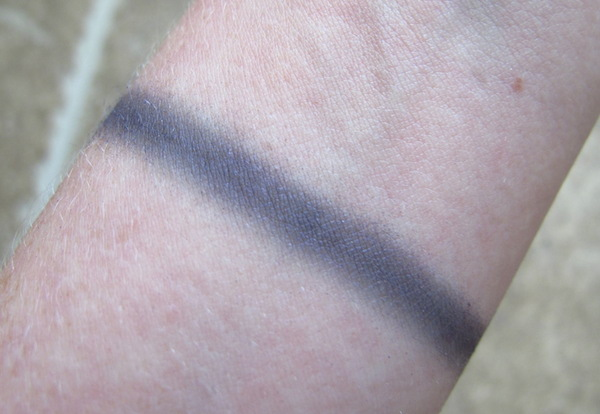 NYX Hot Singles Eye Shadow Swatch in Arrogance