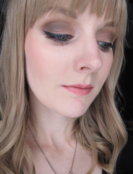 Make Up For Ever Aqua Liner in #15-Iridescent Anthracite