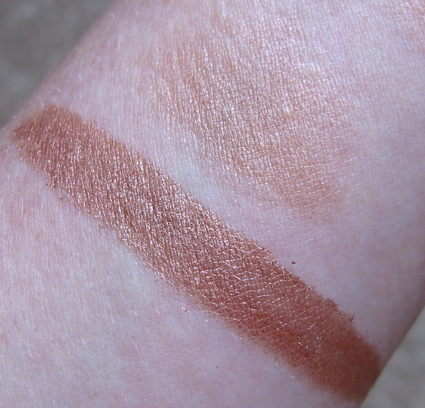 CAILYN Cosmetics Just Mineral Eye Polish Swatch in Orchid