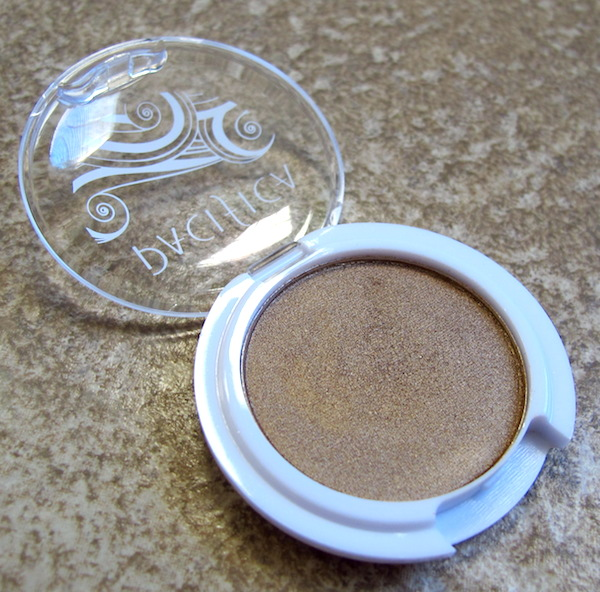 Pacifica Natural Mineral Coconut Eye Shadow in Treasure 0.08 oz, ~$3.00 value