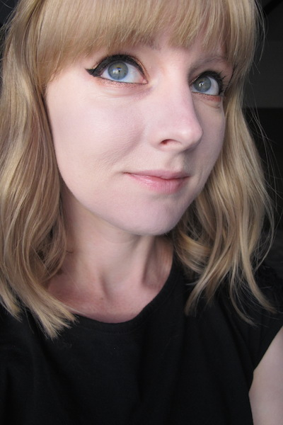 Wet n' Wild Coverall Cream Foundation in 815 Fair on Face